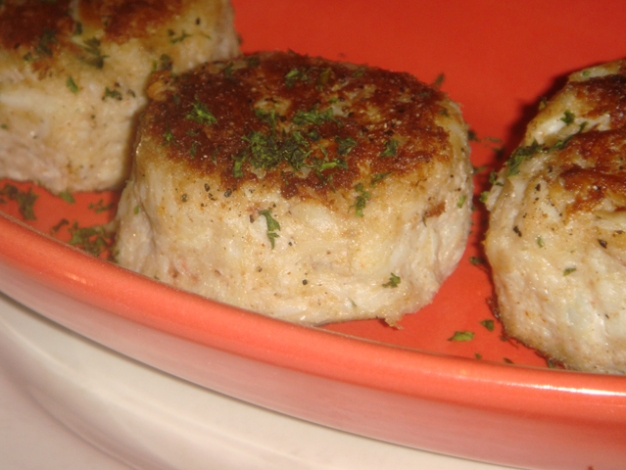 Gourmet Yourself: Crab Cakes From David's Seafood Grill