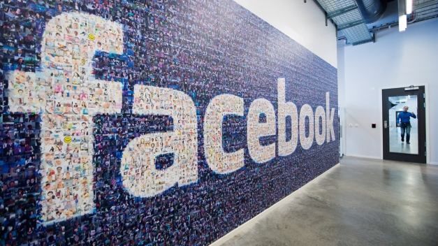 Facebook Tests New Featured Event Lists in Dallas