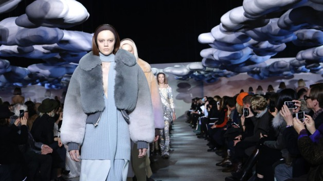 NY Fashion Week Ends as Snow Wreaks Havoc }