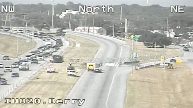 NB IH-820 Back Open After Overhead TxDOT Sign Collapses