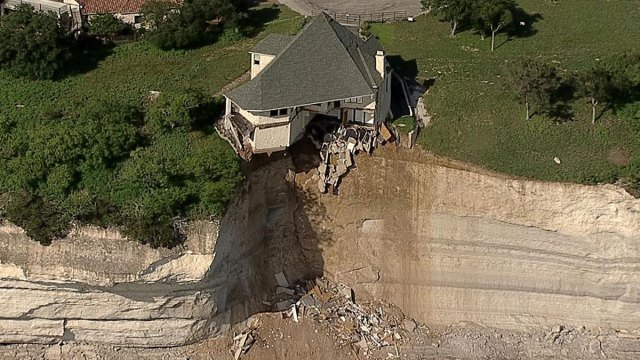 Lake Whitney Cliff House Set on Fire, Burned to the Ground - NBC 5