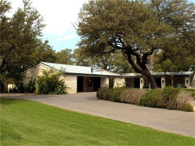 Dixie Chick Martie Maguire Selling Texas Ranch