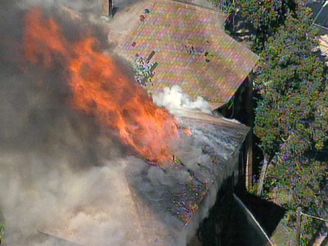 Oak Cliff Apartment Catches Fire