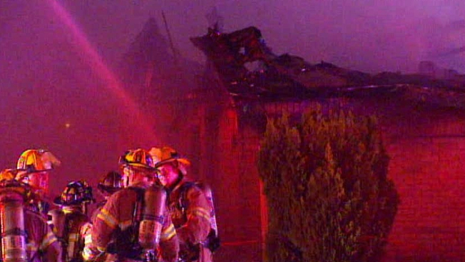 Motel Destroyed by 3-Alarm Fire