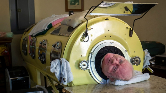 Living Inside a Canister: Dallas Polio Survivor is One of Few People Left in U.S. Using Iron Lung