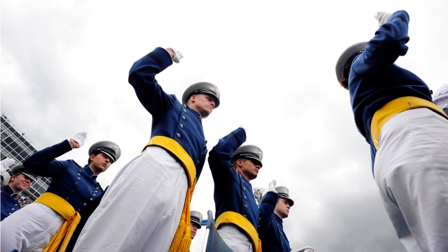 "Air Force: ""So Help Me God"" in Oath Is Optional"