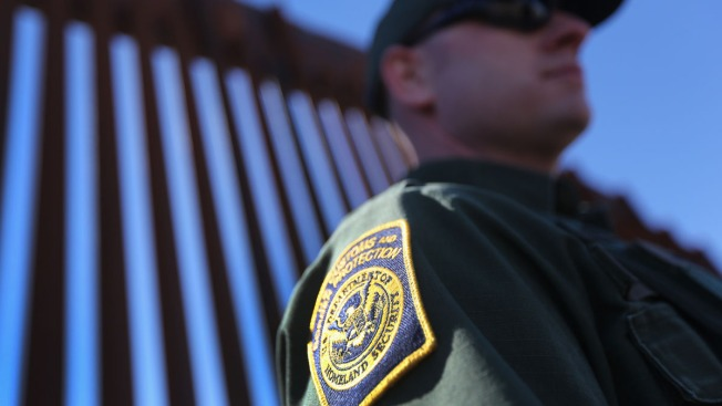 Texas Border Agents Warned Not to Speak to Media