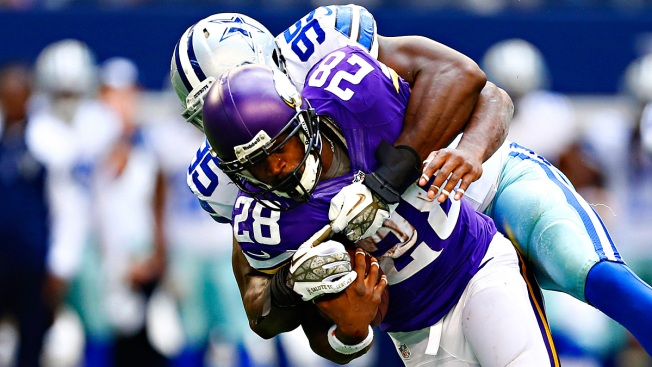 Report: Cowboys Out on Adrian Peterson