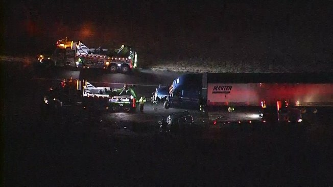 Crash Closes Interstate 35W in Denton County Monday Morning