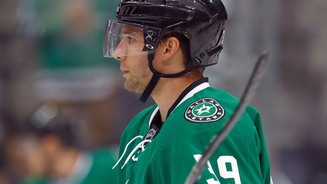 Red Wings Rally Past Stars 7-6