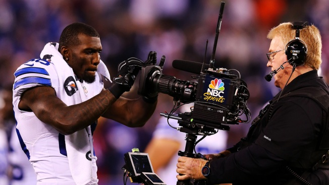 "Report: Dez Bryant Was in ""Financial Distress"" Before New Deal"