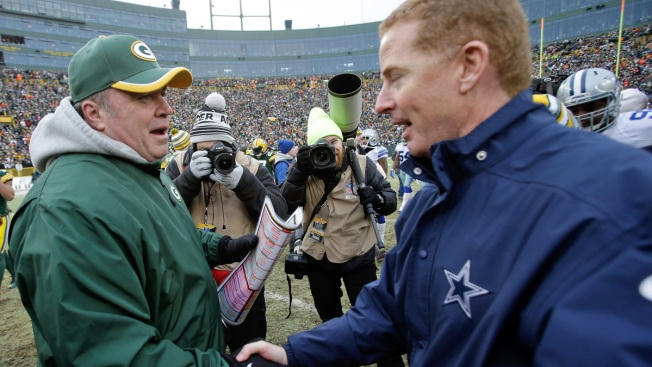 Packers' McCarthy Taking a Page From Jason Garrett's Book