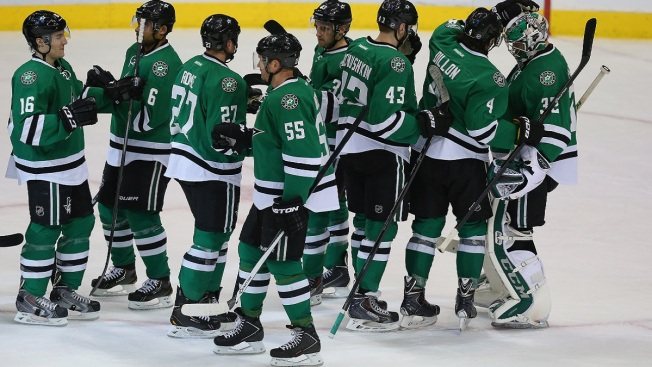Nichushkin Has 2 Goals, Stars Route Maple Leafs 7-1