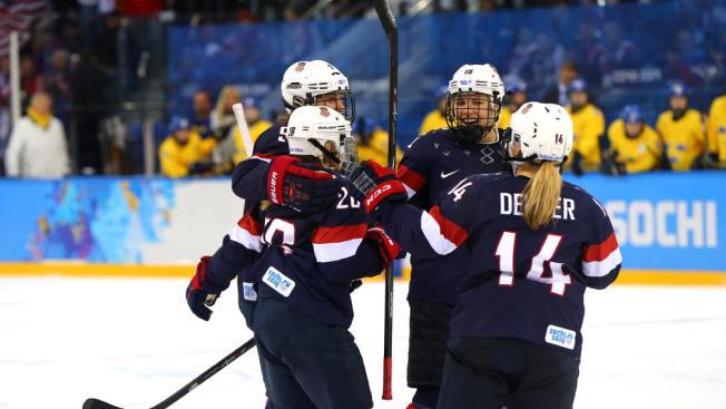 U.S. Women Coast Past Sweden 6-1 in Olympic Hockey