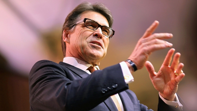 Perry Uses $38M to Add National Guard on Border