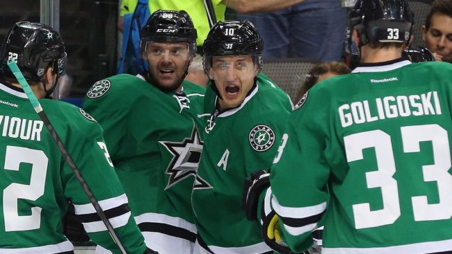 Stars Earn 3-2 Shootout Win Over Predators