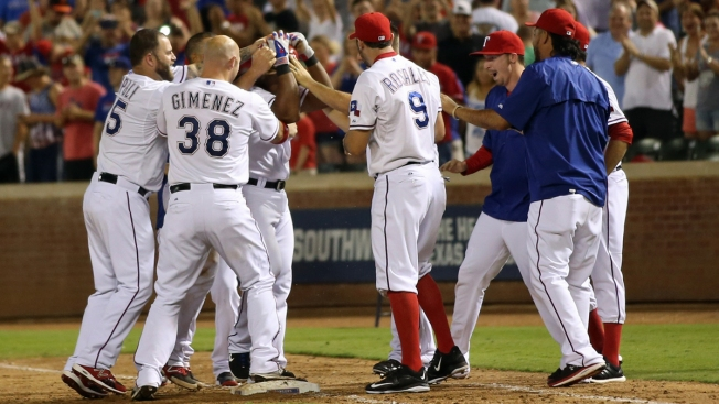 Rare Rangers' Rally Without a Swing of the Bat