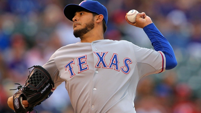 Martin Perez to Start Game 3 for Rangers