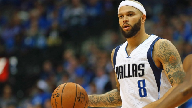 Punctuated By Rare Dunk, Williams Showing Mavs He's Not Done