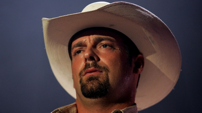 Country Singer Chris Cagle Arrested for DWI
