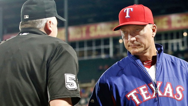 Wait, is There Something Wrong With Jeff Banister's Cap?