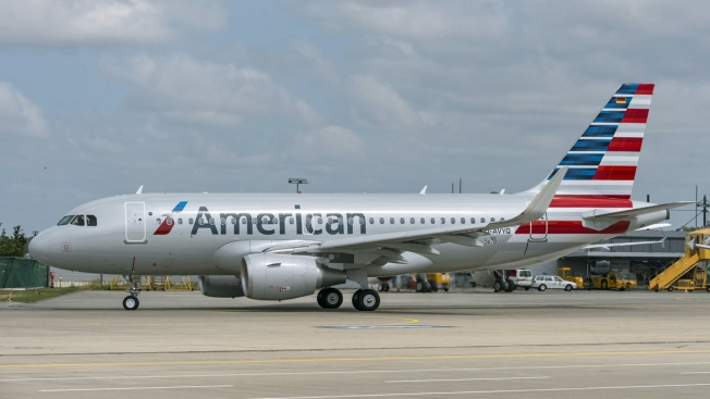 American Airlines A320 Catches Fire Prior To Departing