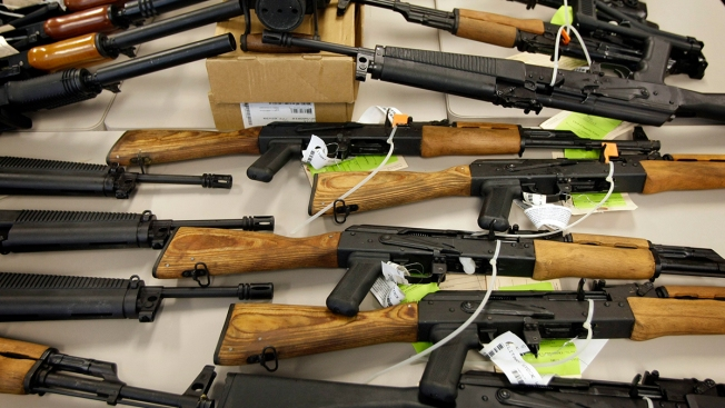 As Immigrants Flow Across US Border, American Guns Go South