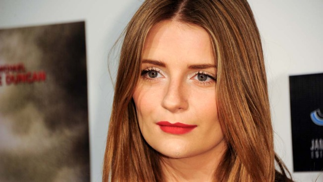"""Mischa Barton Opens Up About Her """"Full-On"""" Breakdown"""