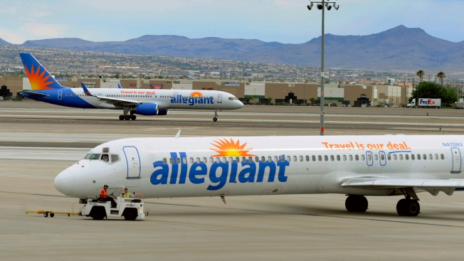 Sisters Traveling to See Dying Father Kicked Off Allegiant Flight