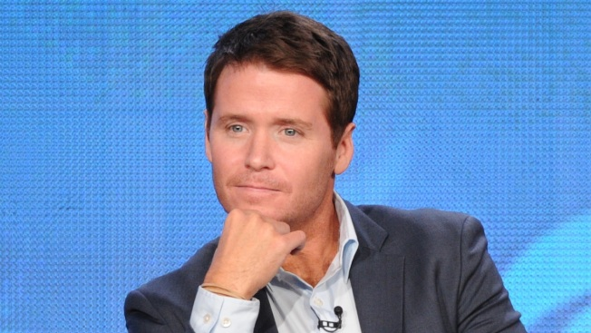 "Kevin Connolly Breaks Leg During ""Entourage"" Filming"