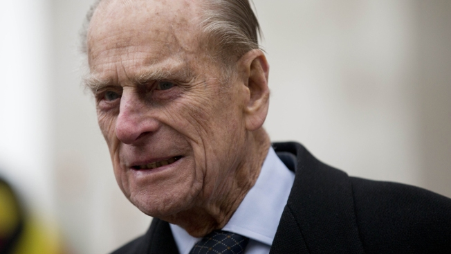 UK's Prince Philip Unhurt After Crash Near Royal Estate