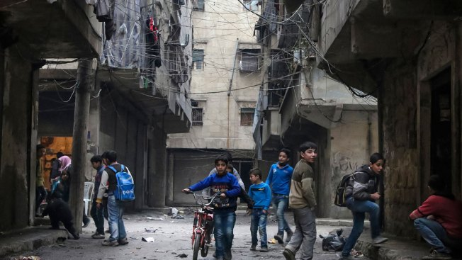 Russia, Syria Blockade Aleppo, Offer Corridors Out