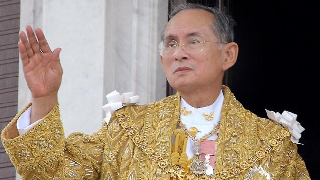 Thailand's King Bhumibol, World's Longest-Reigning Monarch, Dies at 88
