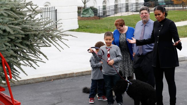 White House Christmas Theme: 'The Gift of the Holidays'