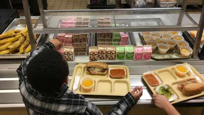 Texas Senate Revives Previously Stalled 'Lunch Shaming' Bill