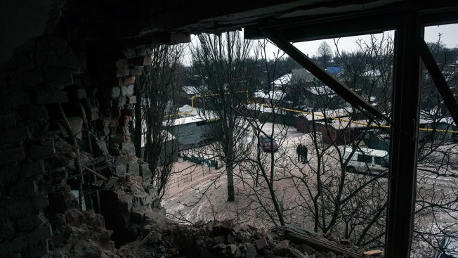 Rebels in Ukraine Say Commander is Killed in Car Bombing