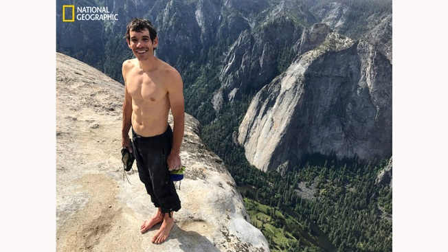 Solo Climber Is First Up Yosemite's El Capitan Without Ropes