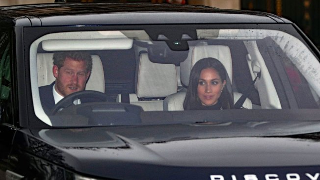 Meghan Markle and Prince Harry head to Buckingham Palace for Christmas lunch