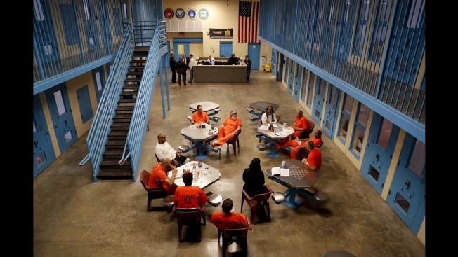 US Jails Increasingly Setting Aside Cellblocks for Veterans
