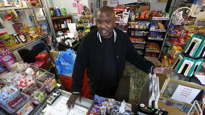 Grocers Fear for Business, Patrons' Health Under Trump Admin. 'Harvest Box' Proposal