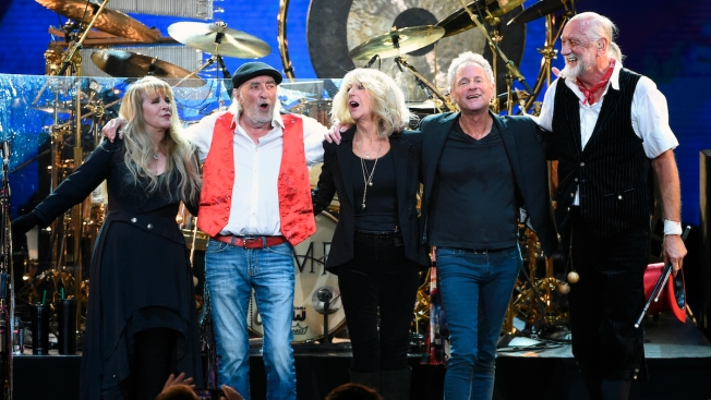 Not a Rumor: Lindsey Buckingham, Fleetwood Mac Part Ways