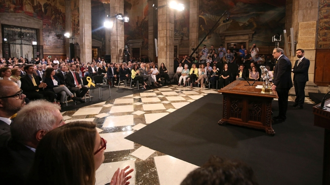 Spain's New Leader Faces Catalan Challenges