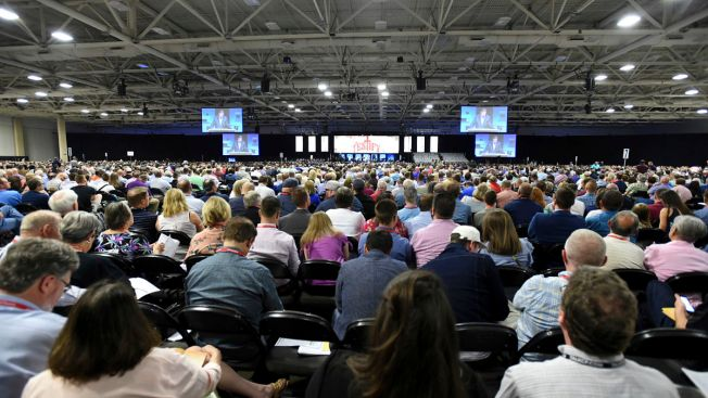 Southern Baptist Leader Sorry He Supported Accused Pastor