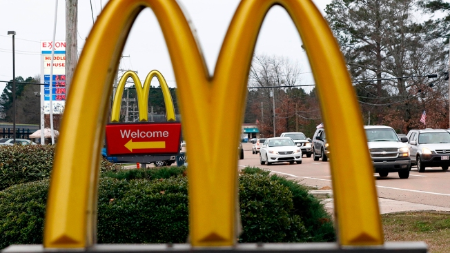 Fast-Food Chains Agree to End Policy Blocking Workers From Changing Branches