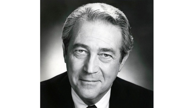 James Karen, 'Mr. Teague' of 'Poltergeist,' is Dead at 94