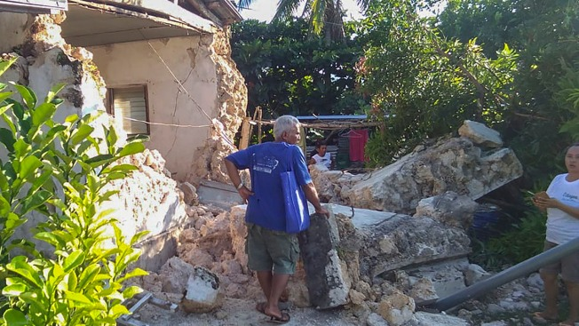 8 Dead, 60 Hurt as Quakes Shake Northern Philippine Isles