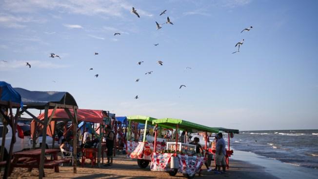 Mexico's Playa Bagdad Mixes Sun, Sand, Drug Trafficking