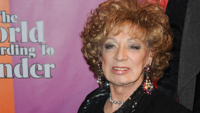 Warhol Muse Holly Woodlawn Dies at 69