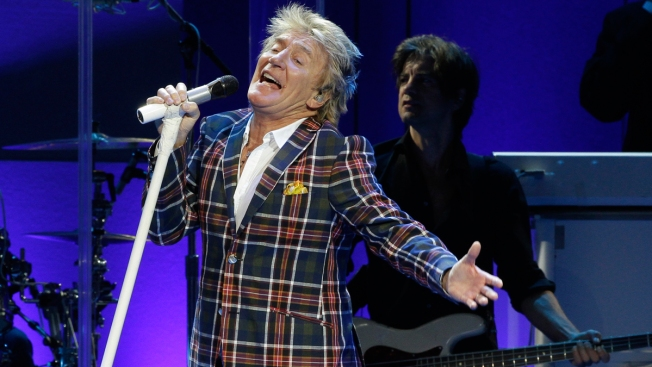 Rod Stewart Sorry for Video Seen as Beheading Re-Enactment