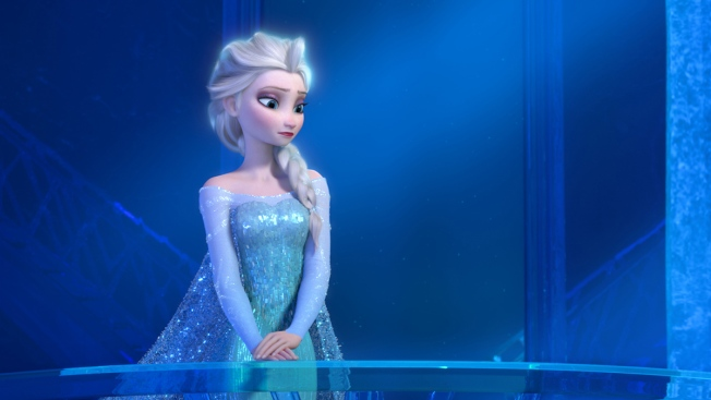 Will Elsa Have a Girlfriend in 2019 'Frozen' Sequel?